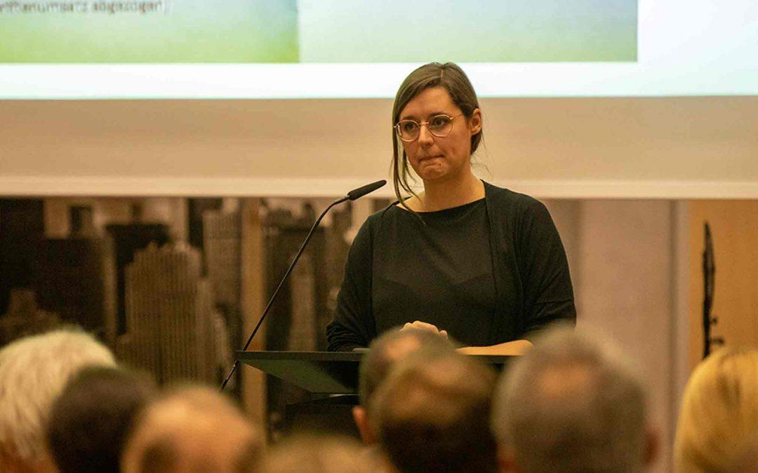 """Vortrag """"Die Daten, die ich rief"""" von Netzaktivisitn Katharina Nocun in der Krumbacher FOS"""